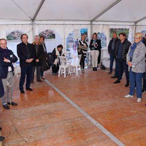Discour pose de la première pierre village sénior Trouy